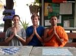 Programa para hablar en inglés con los monjes (Wat Chedi Luang)
